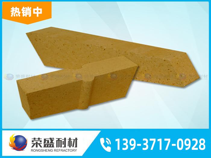 低气孔率的高铝砖